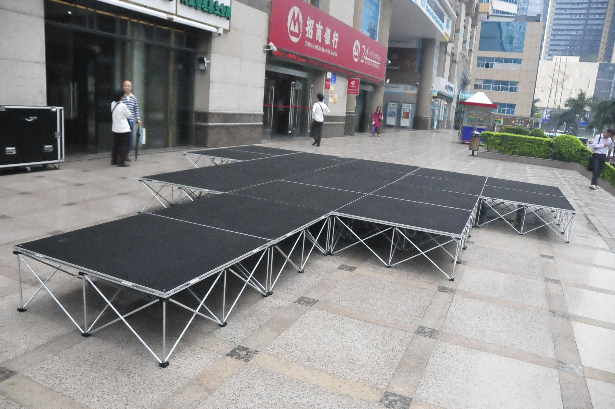 Portable Outdoor Flooring For Stage : Outdoor portable event stage from rk