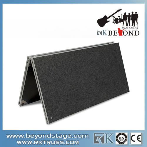 Folding platform for building portable stage