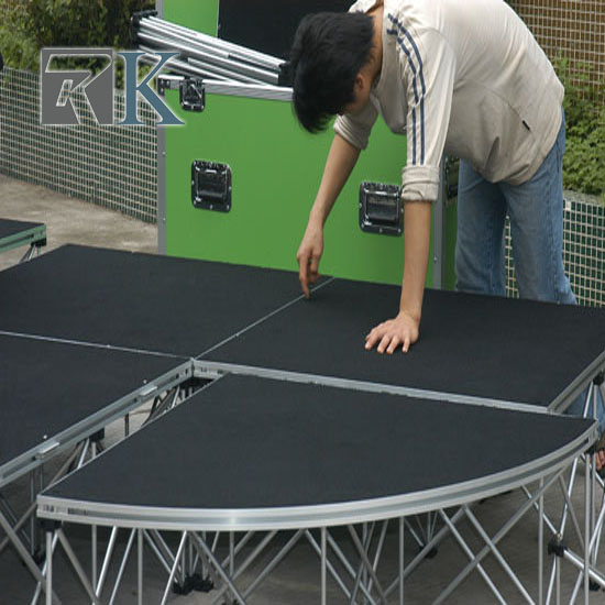 Quarter Round Portable Stage R=4ft