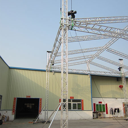 Beyond aluminium roof truss systems for concert