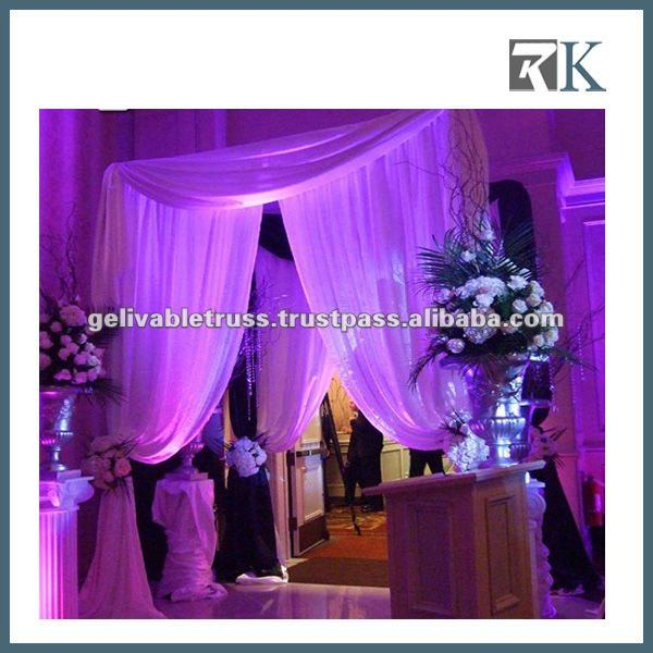Portable stage backdrop for wedding stage design