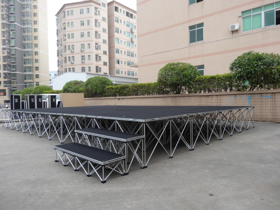 Stage system with stage steps for events