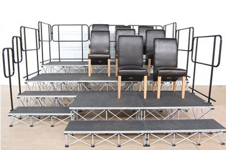 Aluminum stage steps for outdoor stage events