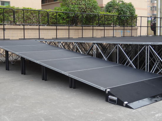 Portable stage system design with stage accessories