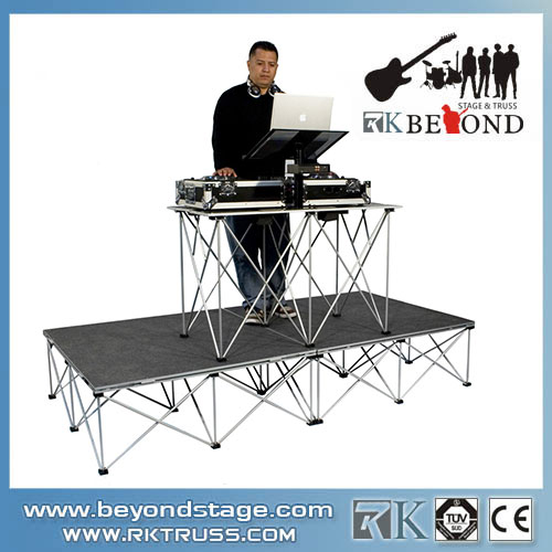 Portable mobile stages system for band shows