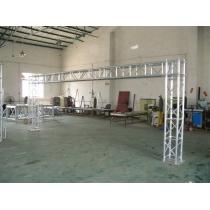 Aluminum truss design for aluminum stage system booth
